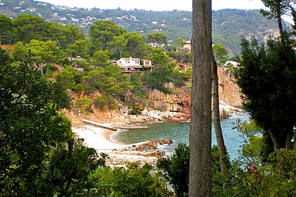 plot in Begur