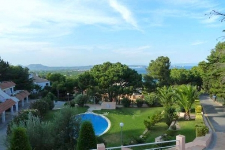 Duplex apartment with pool in Begur