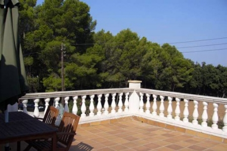 Huge terrace with views in the country