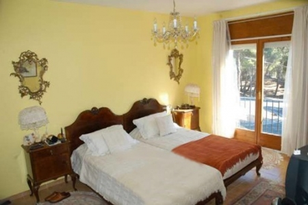 Cozy bedroom with elegant furnishings