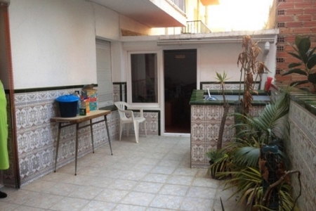 Apartment-Balcony-Roses