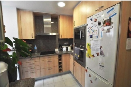 Fully-equipped and elegant kitchen