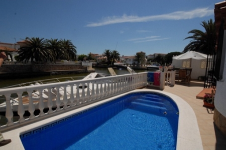 villa in Empuriabrava