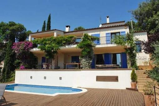 Marvelous villa with fantastic sea views in Begur